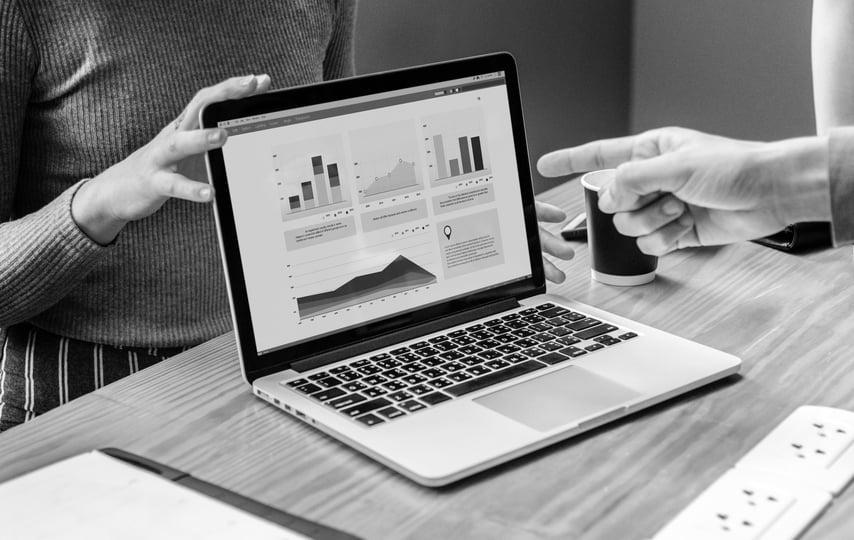 Är data som genereras via online av intresse för management?