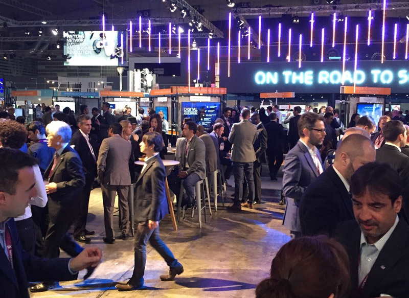 mwc2016_on-the-road-to-5G-Zooma.jpg